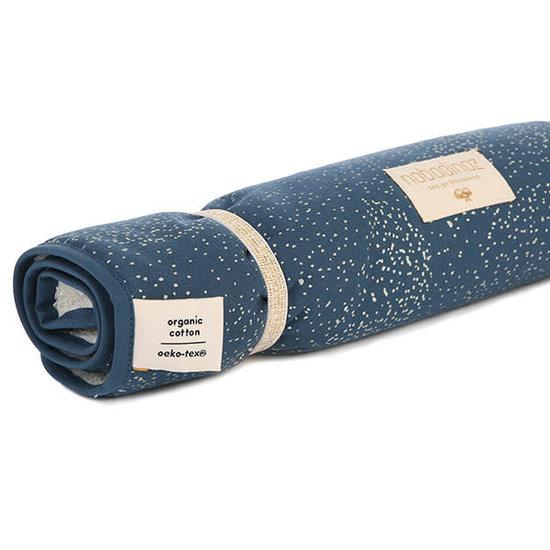 Nobodinoz tipi en accessoires Nobodinoz - verschoningsmatje Nomad - Gold Bubble-Night Blue
