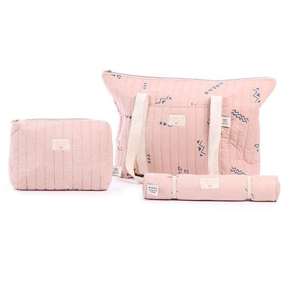Nobodinoz tipi en accessoires Nobodinoz - verschoningsmatje Nomad - White Bubble-Misty Pink