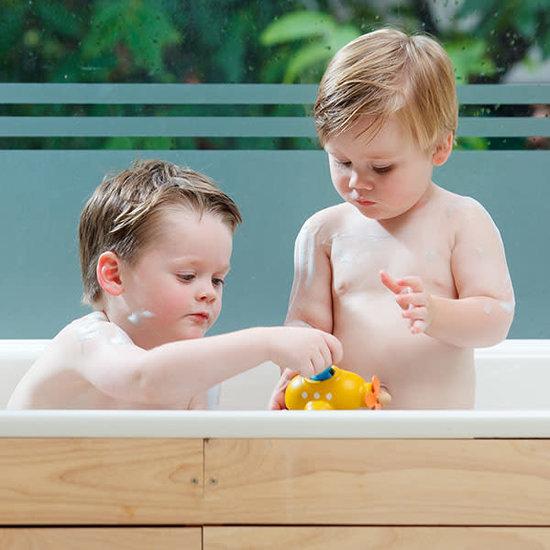 Plan Toys Bath toy - lifeboat - Plan Toys +1 yr