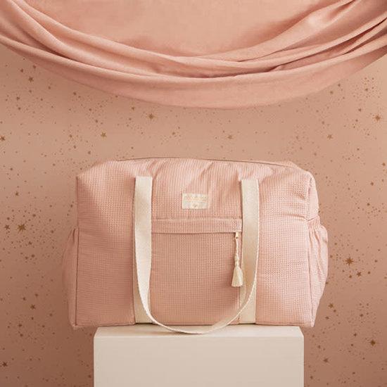 Nobodinoz tipi en accessoires Luiertas - Opera waterproof - Misty pink - Nobodinoz