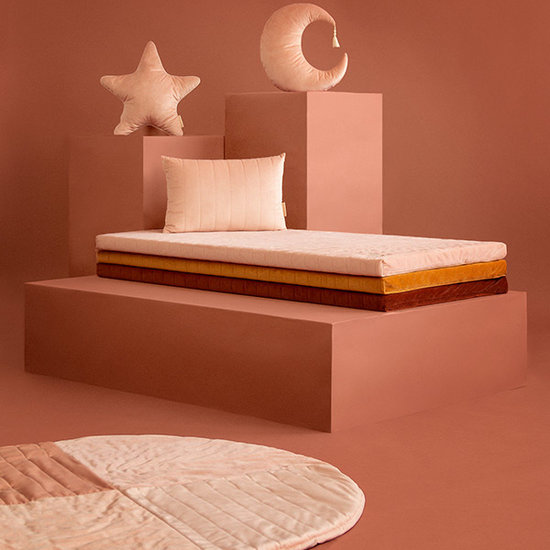Nobodinoz tipi en accessoires Playmat Kilimanjaro Bloom Pink Nobodinoz