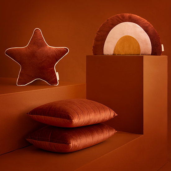 Nobodinoz tipi en accessoires Rainbow cushion Wild Brown Nobodinoz