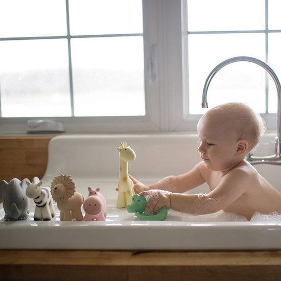 Tikiri Tikiri badspeeltje met belletje giraf