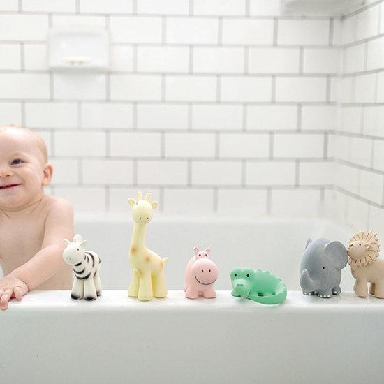 Tikiri Tikiri bath toy with bell hippo