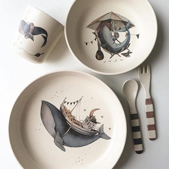"""konges slojd kinderservies whale konges slojd - 40 Leuke cadeautips die géén """"speelgoed"""" zijn"""