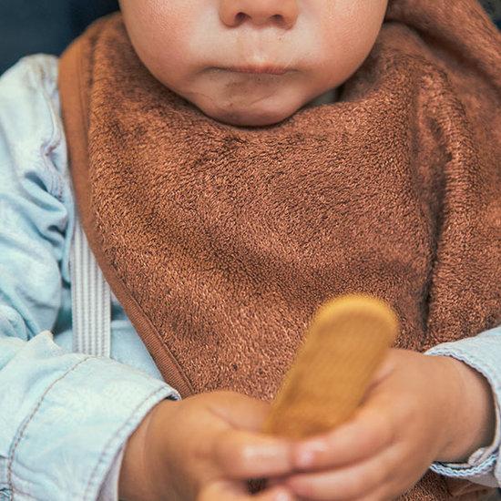 Timboo Bib XL Hazel brown 26x38cm - Timboo