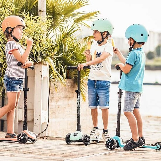 Scoot and Ride Scoot and Ride Roller Highwaykick 3 - Blueberry