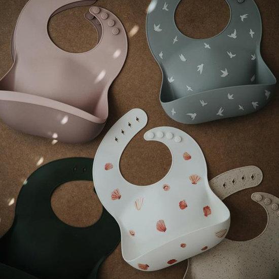 Mushie Mushie silicone slabbetje Confetti pink powder
