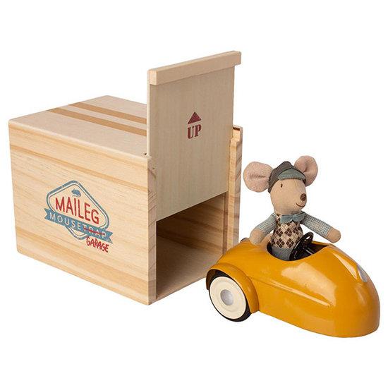 Maileg Maileg muis met auto en garage - geel