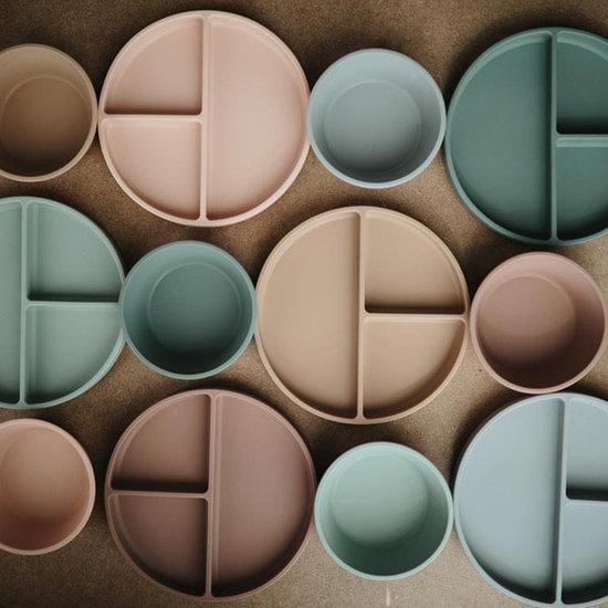 Mushie Mushie siliconen bord met zuignap Dried Thyme