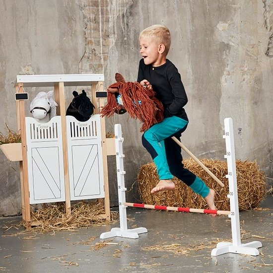 By Astrup By Astrup stal voor stokpaarden