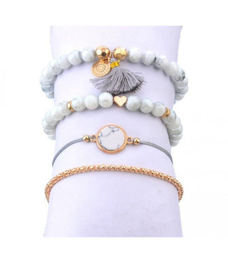 ECARLA Set of 4 in 1 bracelets