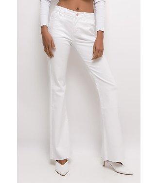 Cindy H. Jeans