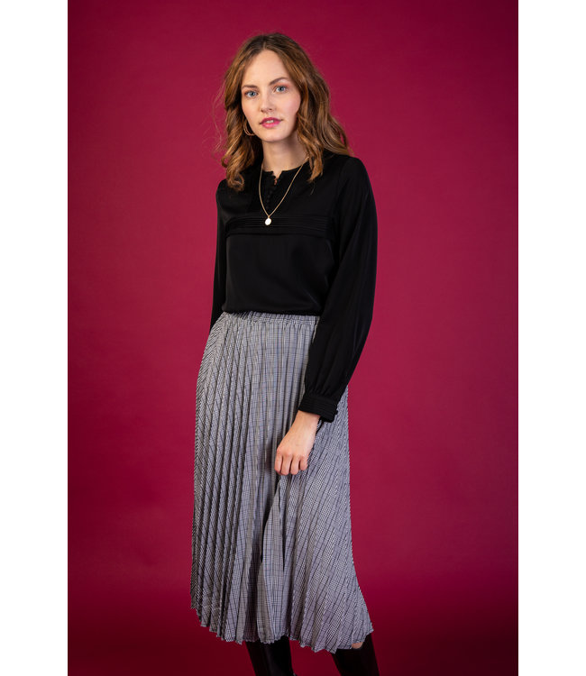 Blouse with pleats - Black