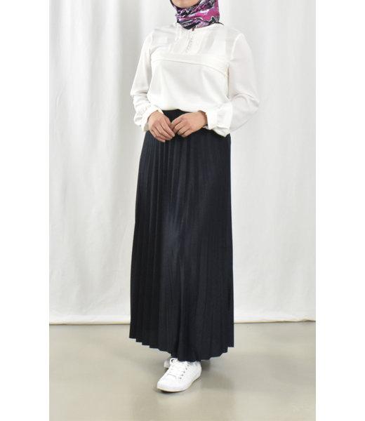 Long pleated skirt - dark blue