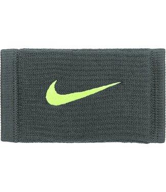 Nike Copy of Reveal Dri-Fit Polsband
