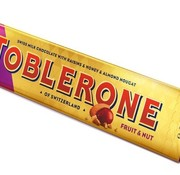 Toblerone Toblerona Large 360 gram -Fruit & Nuts