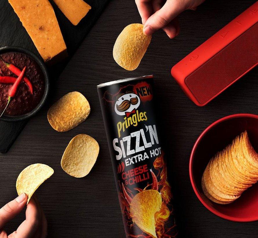 Pringles Flame Cheese & Chili -Doos 9 stuks