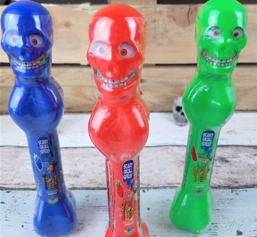 Scary Skull Spray -Doos 16 stuks