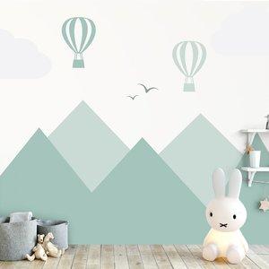 Daring Walls Muursticker Bergen en luchtballonnen green