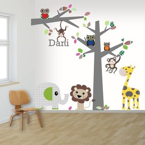 Daring Walls Muursticker boom en tak jungle multi met naam