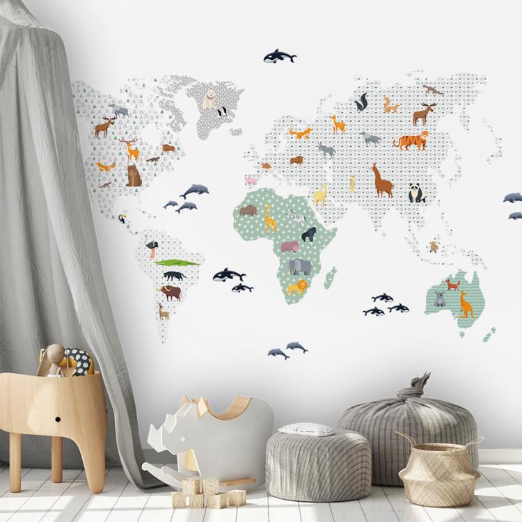 Daring Walls Muurstickers World Map animals - green