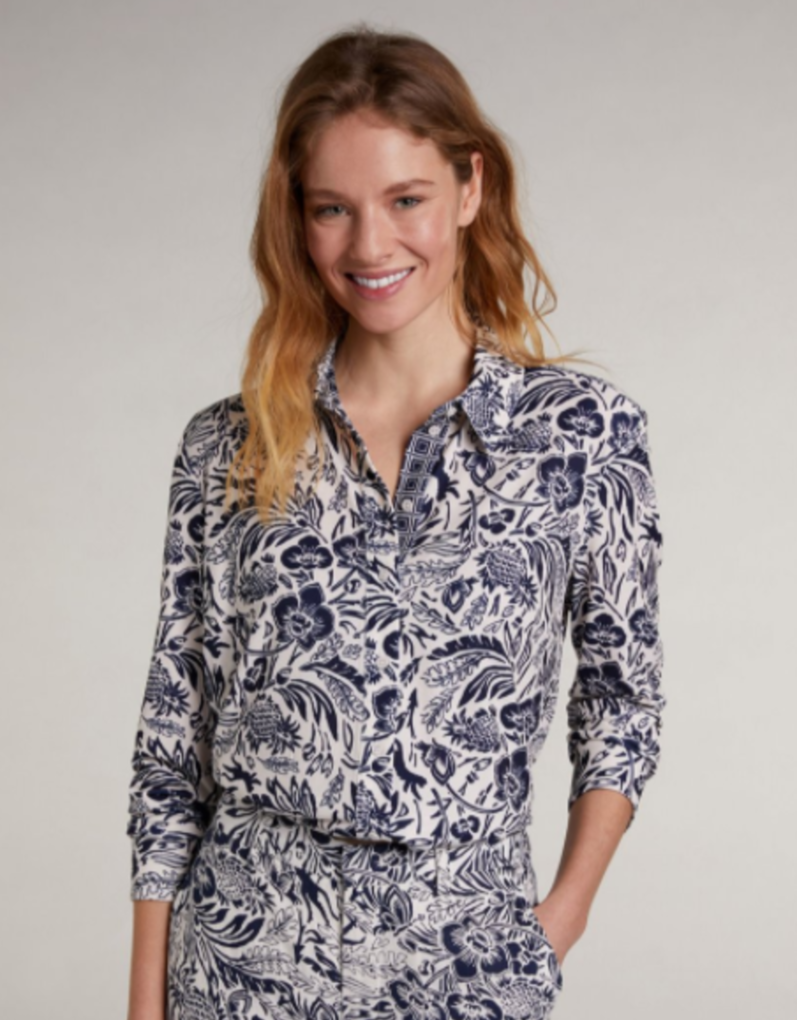 Oui Blouse All Over Ptint Wit Navy