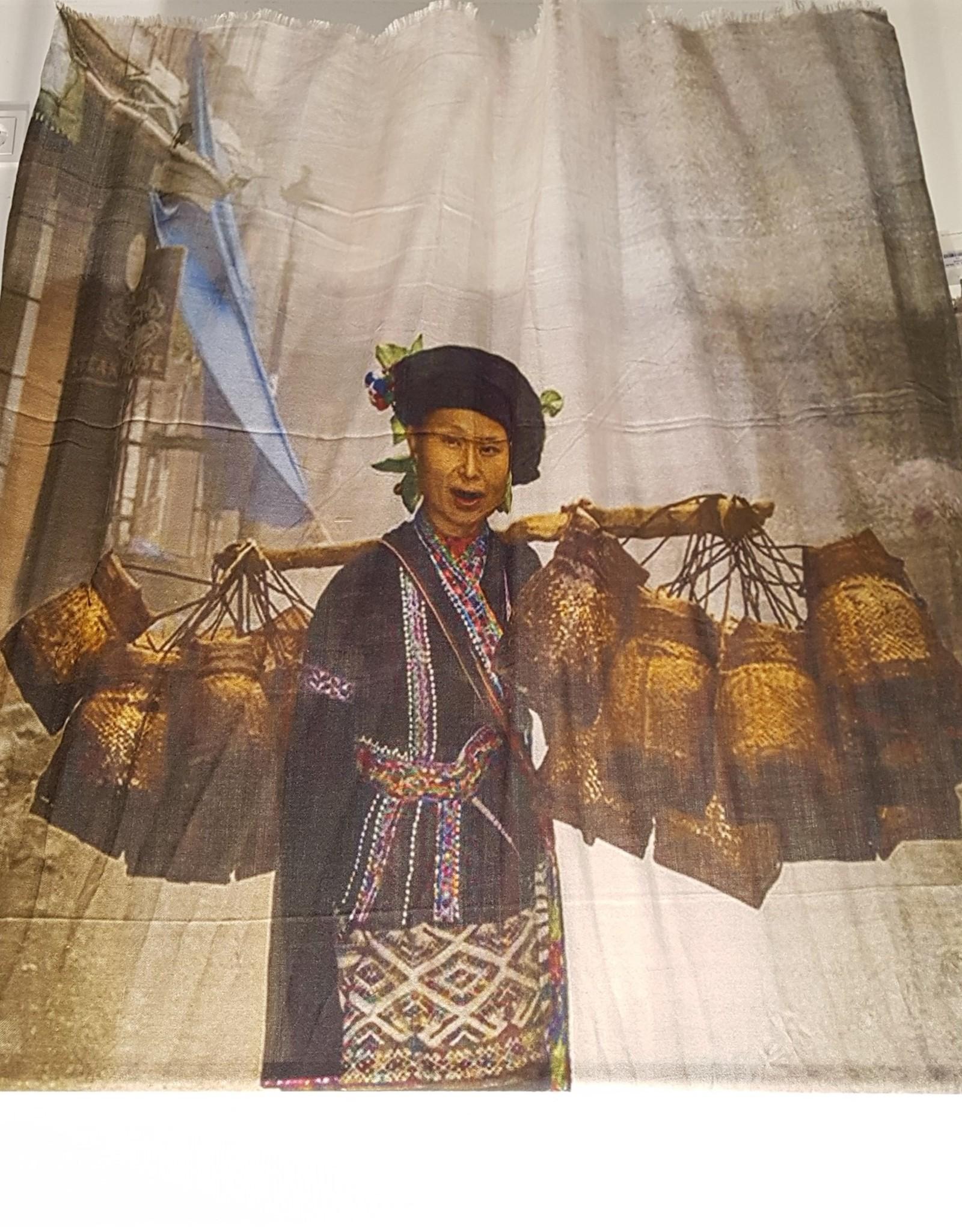 LaSalle Shawl China