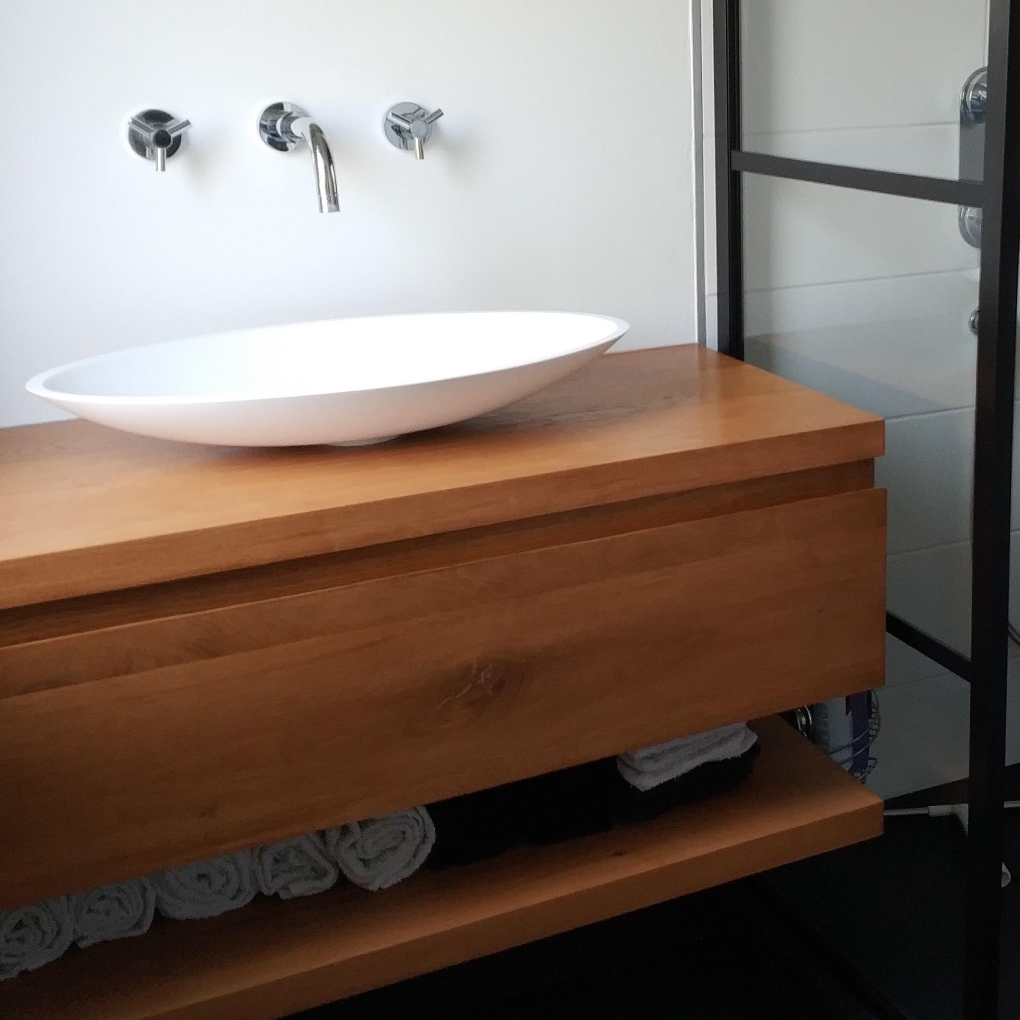 Waschtischplatte Eiche mit Loch / Löchern   nach Maß   20 cm dick  massivholz   Eichenholz rustikal   Eichen Waschtisch / Waschbecken  Unterschrank ...