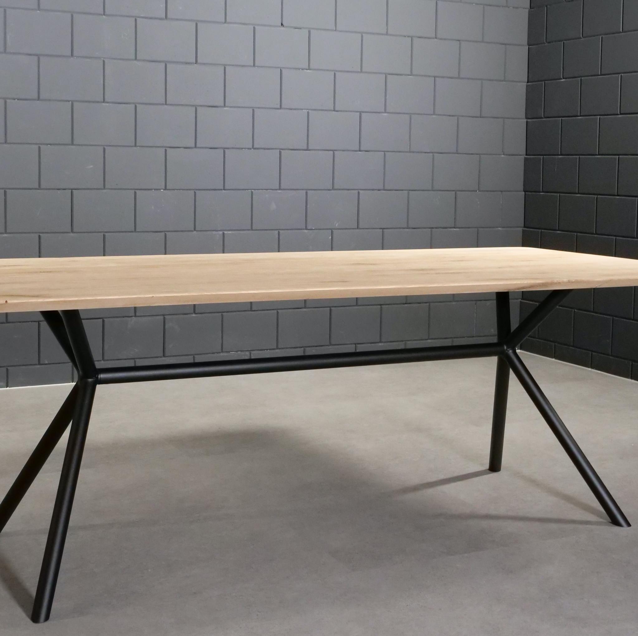 Tischgestell Metall 3D X-Beine Frame rund - 3-Teilig - 4,2 cm - 70x246 cm - 72cm hoch - Stahl Tischuntergestell - Rechteck - Beschichtet - Schwarz