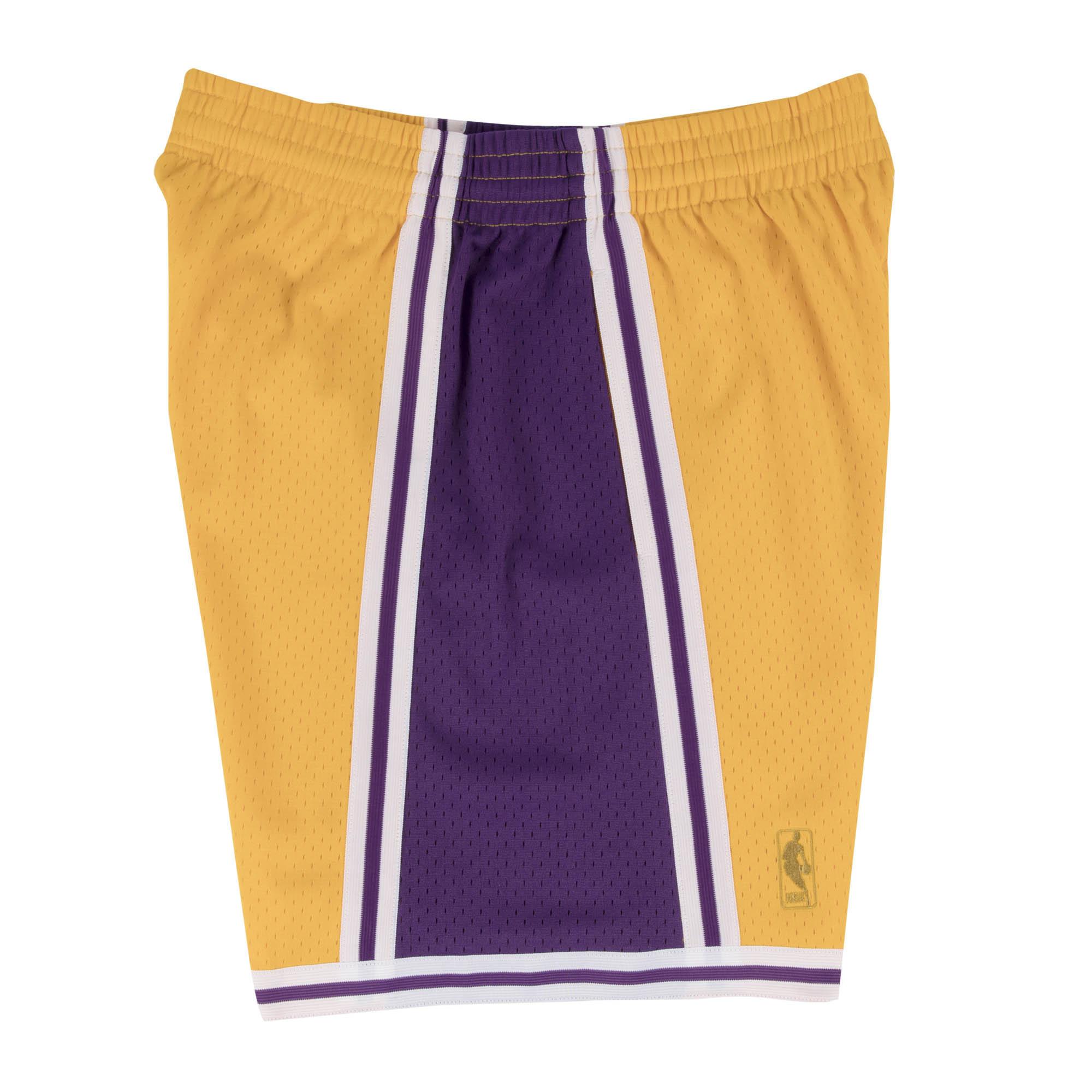 Mitchell & Ness Mitchell & Ness Los Angeles Lakers Youth Gold Swingman Shorts