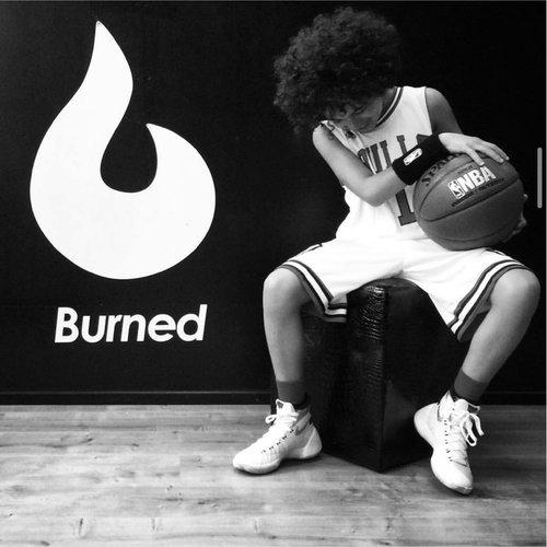 Kinder Basketballkleidung