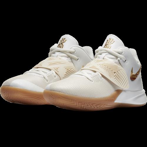Nike Basketball Nike Kyrie Flytrap III Wit Gold