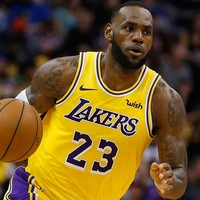 LeBron James nog 2 jaar in Los Angeles