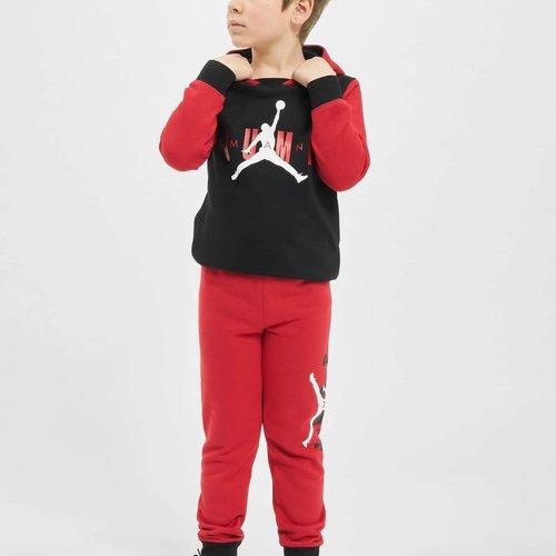Jordan clothing for children