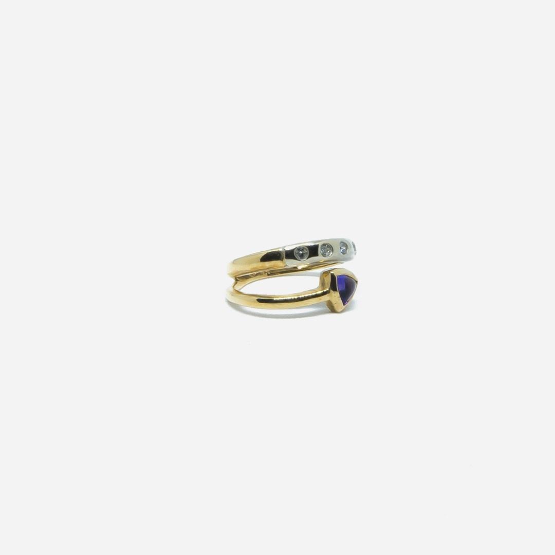 Ring bicolor met paars steentje en 5 diamantjes-4