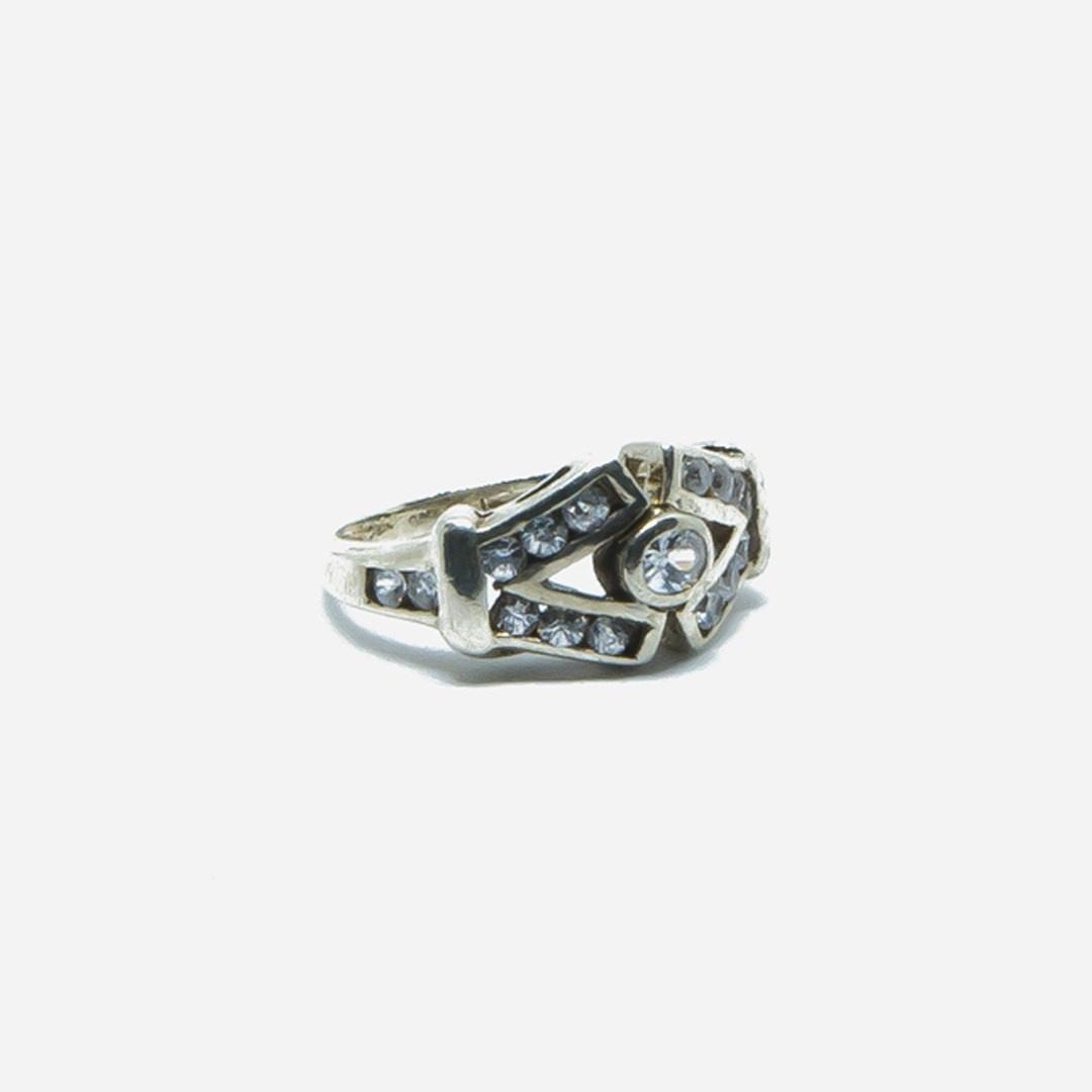 Ring V vorm met witte steentjes-3