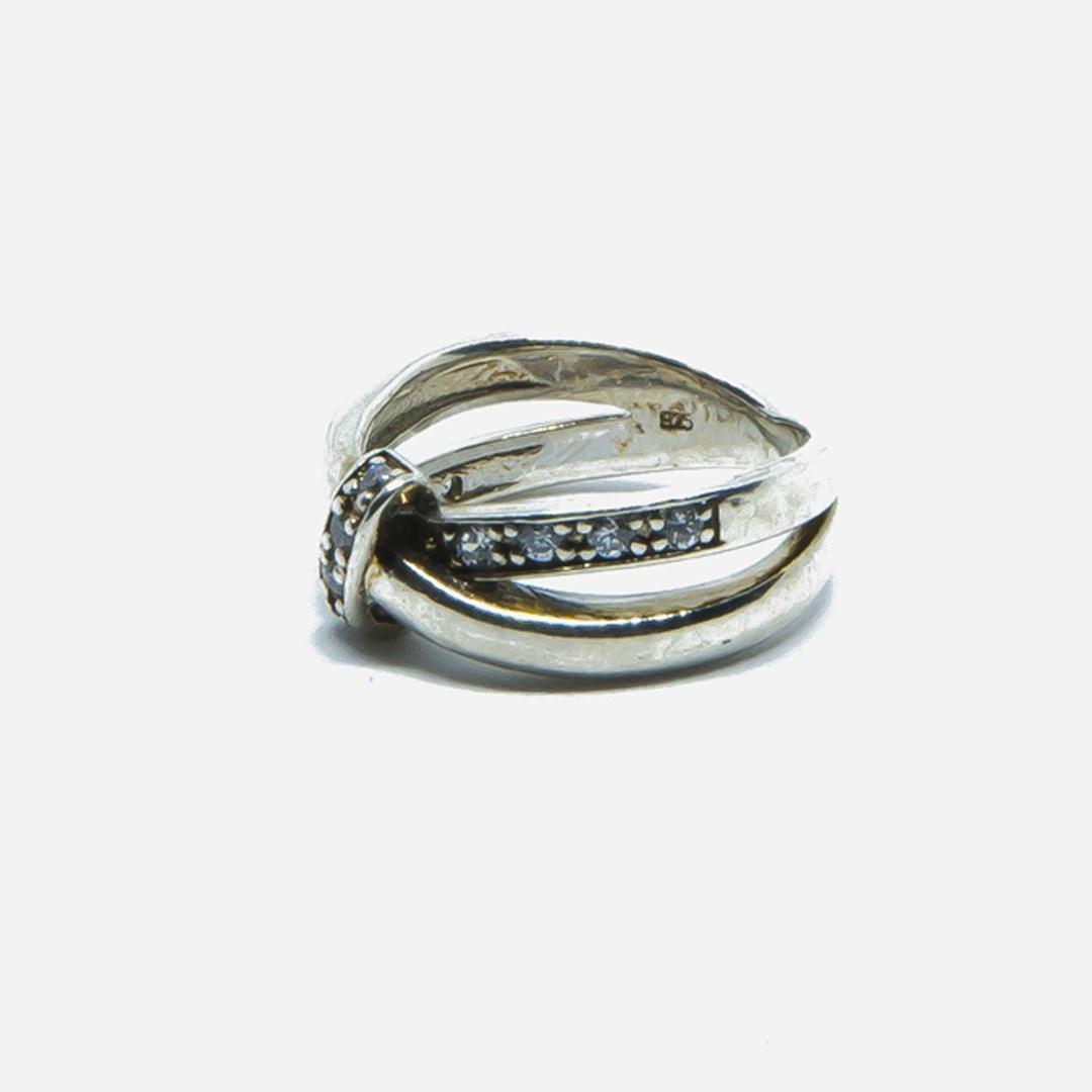 Ring met witte steentjes-3