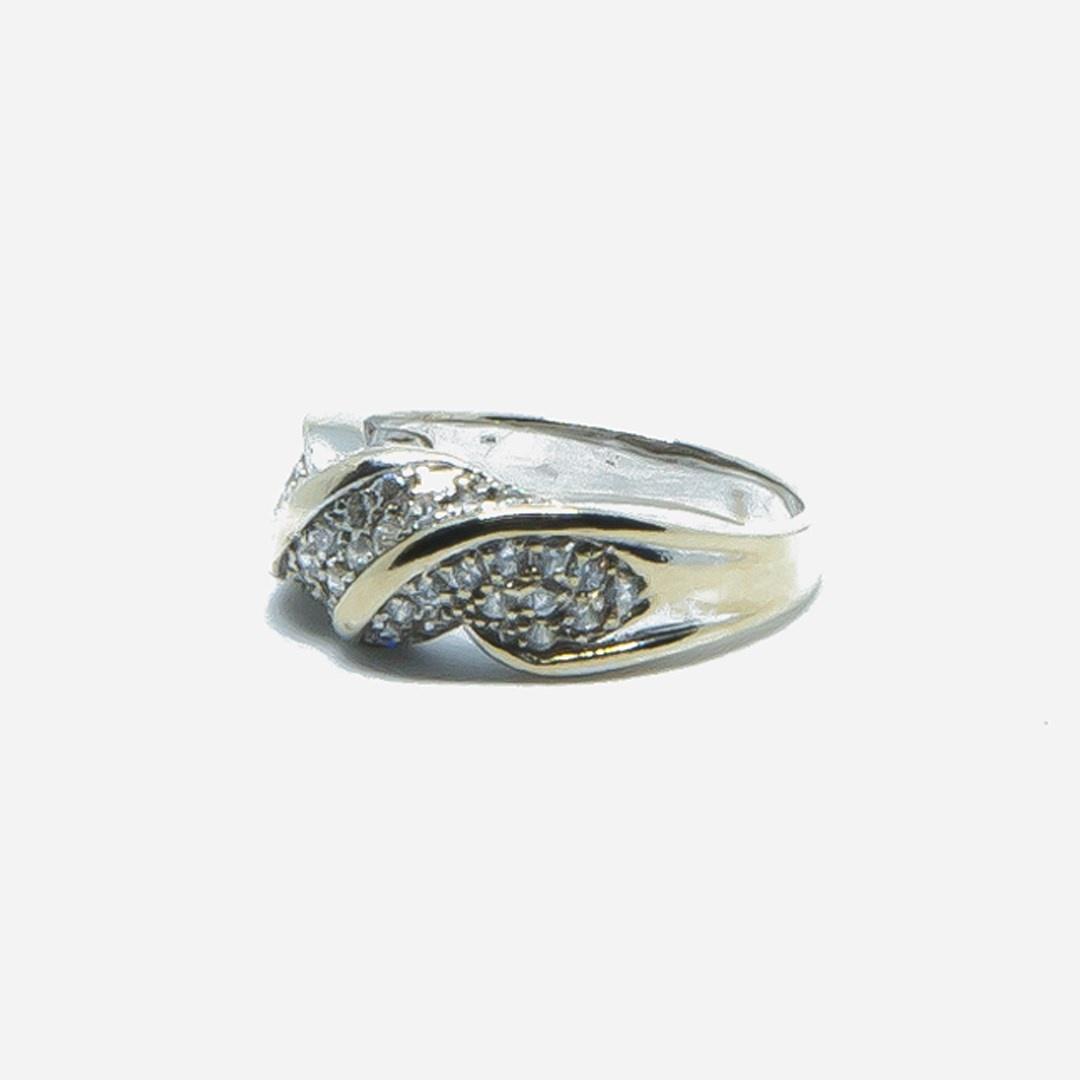 Ring witgoud met witte steentjes-5