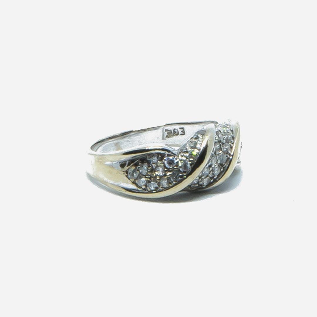 Ring witgoud met witte steentjes-6