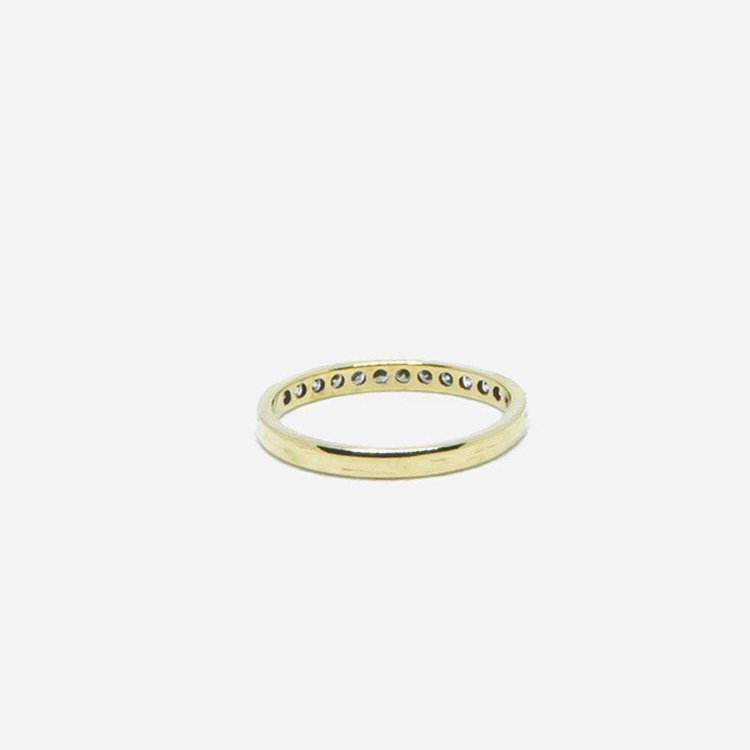 Ring met 1 rij diamantjes-2