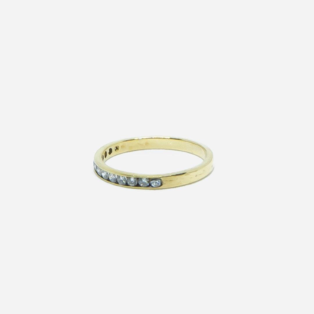 Ring met 1 rij diamantjes-3