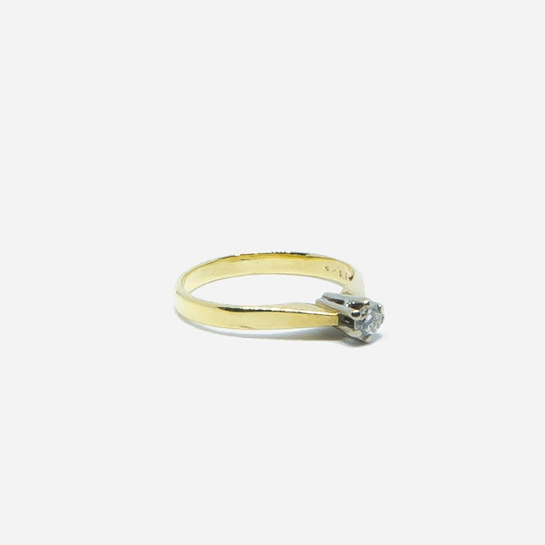 Ring solitair met diamant-4