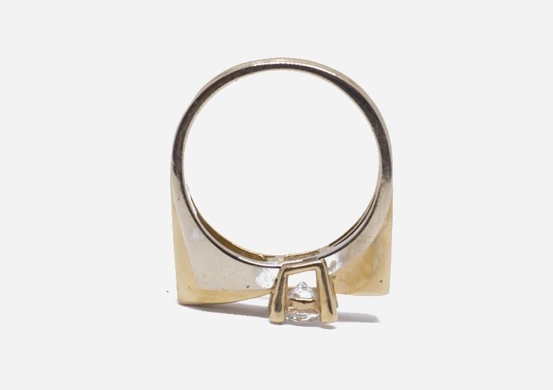 Ring bicolor met grote steen-3