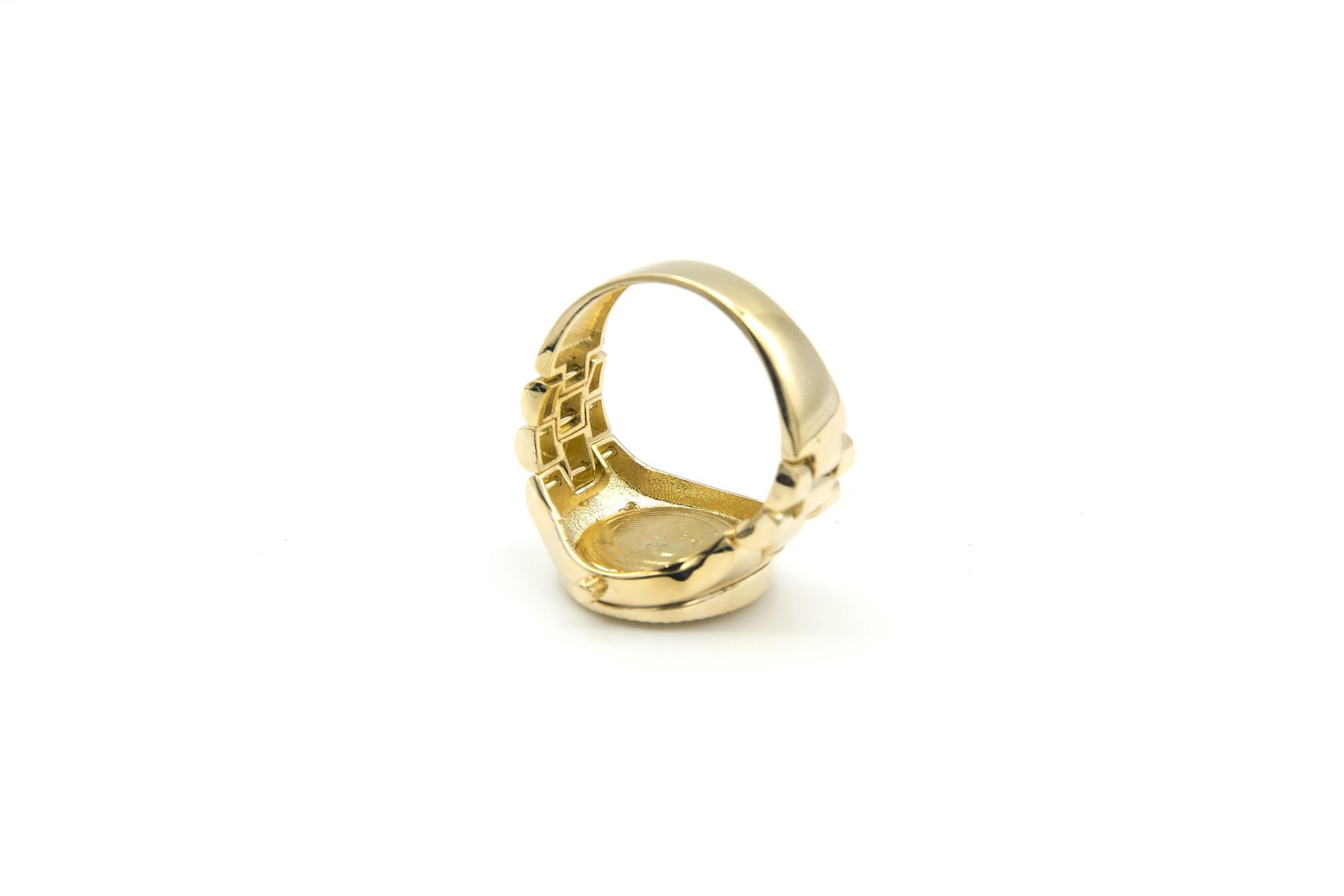 Ring horloge met kroon op zwarte achtergrond met flexibele zijkanten-6