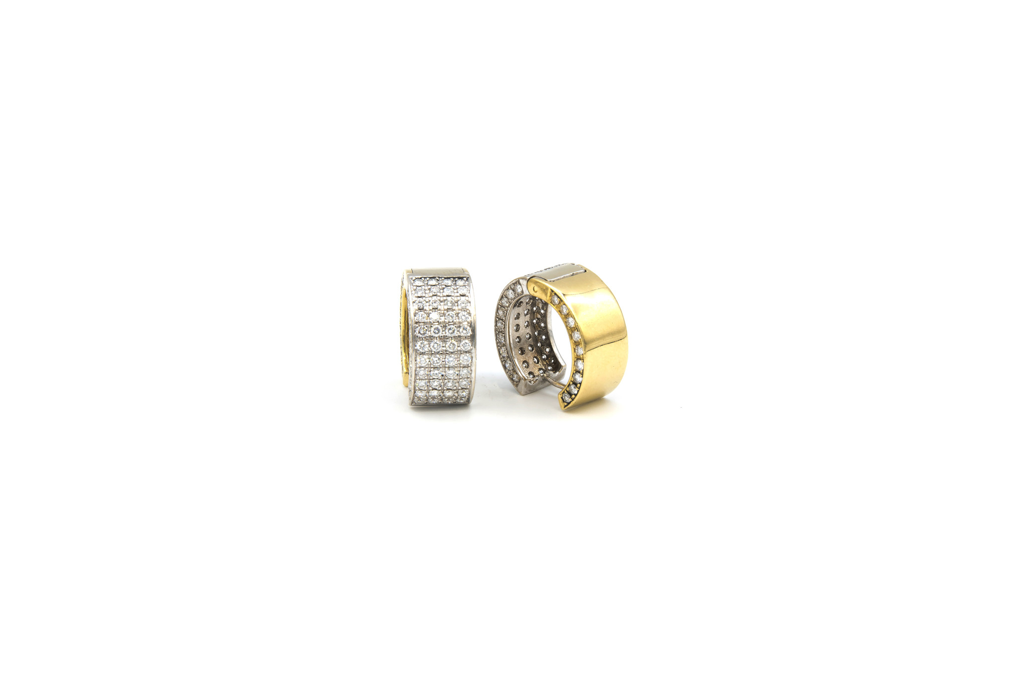 Oorbellen bicolor creolen met in totaal 160 diamantjes-3