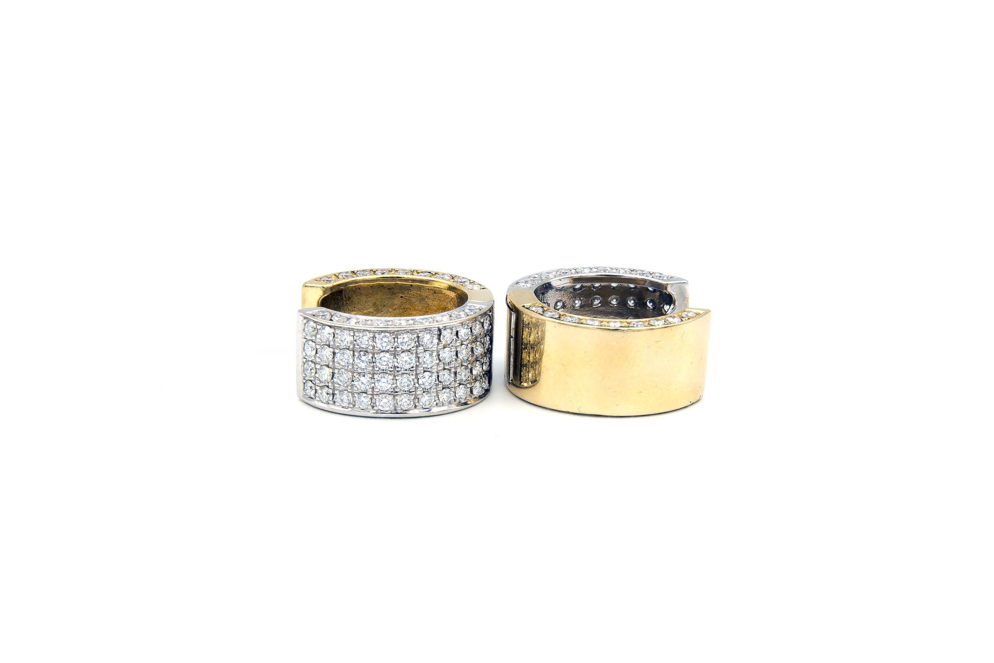 Oorbellen bicolor creolen met in totaal 160 diamantjes-2
