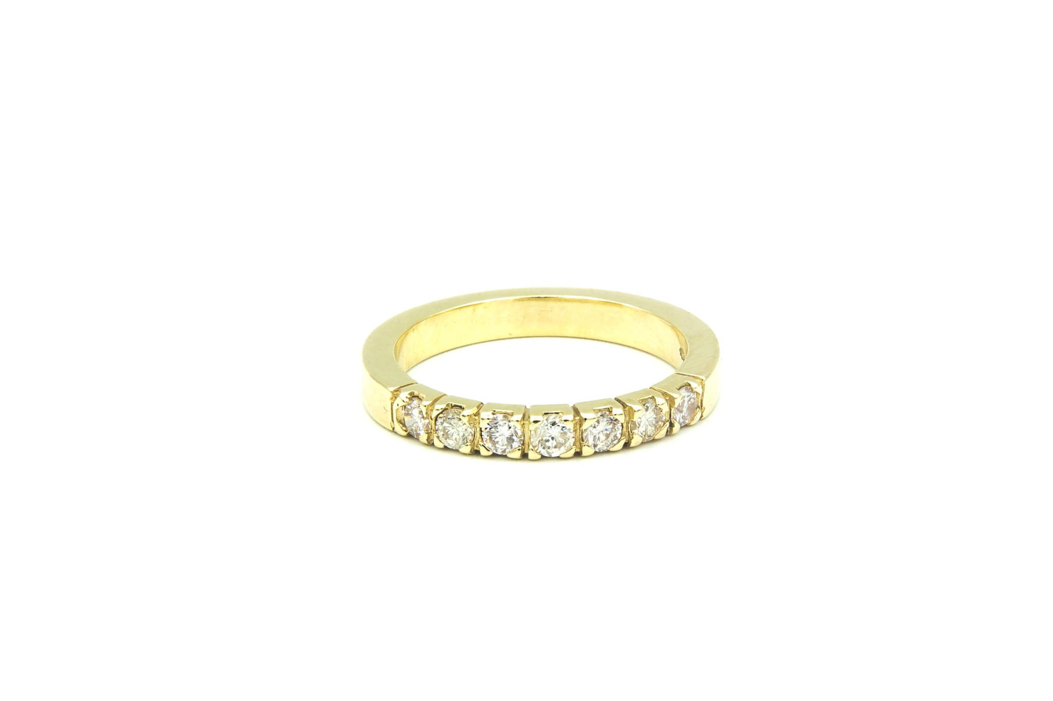 Ring verlovingsring klassiek met 7 diamanten ingezet-1