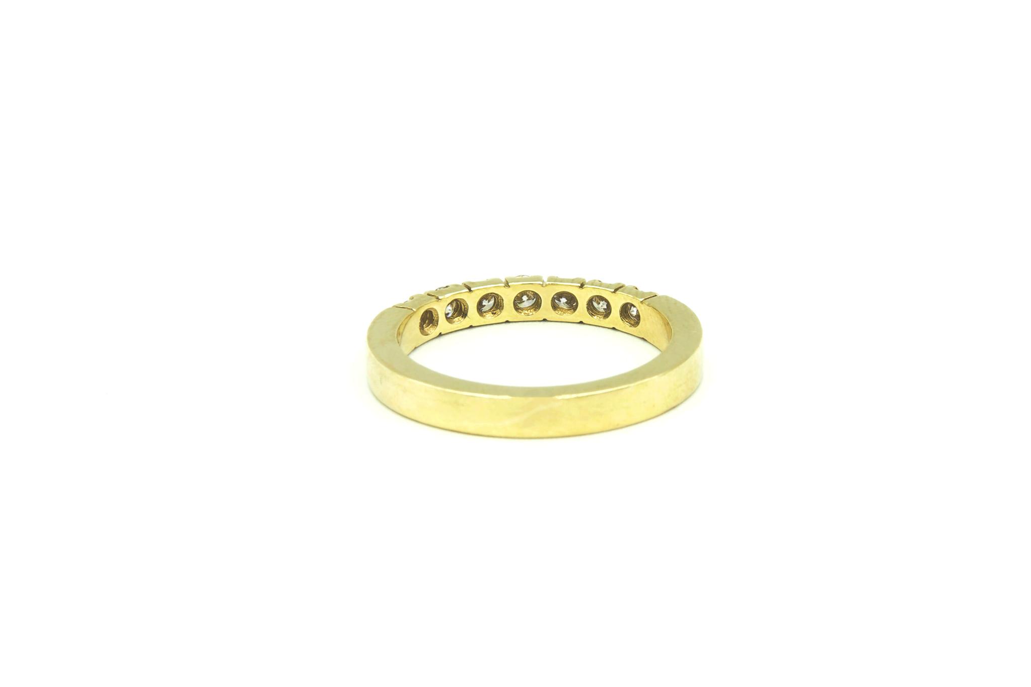 Ring verlovingsring klassiek met 7 diamanten ingezet-3