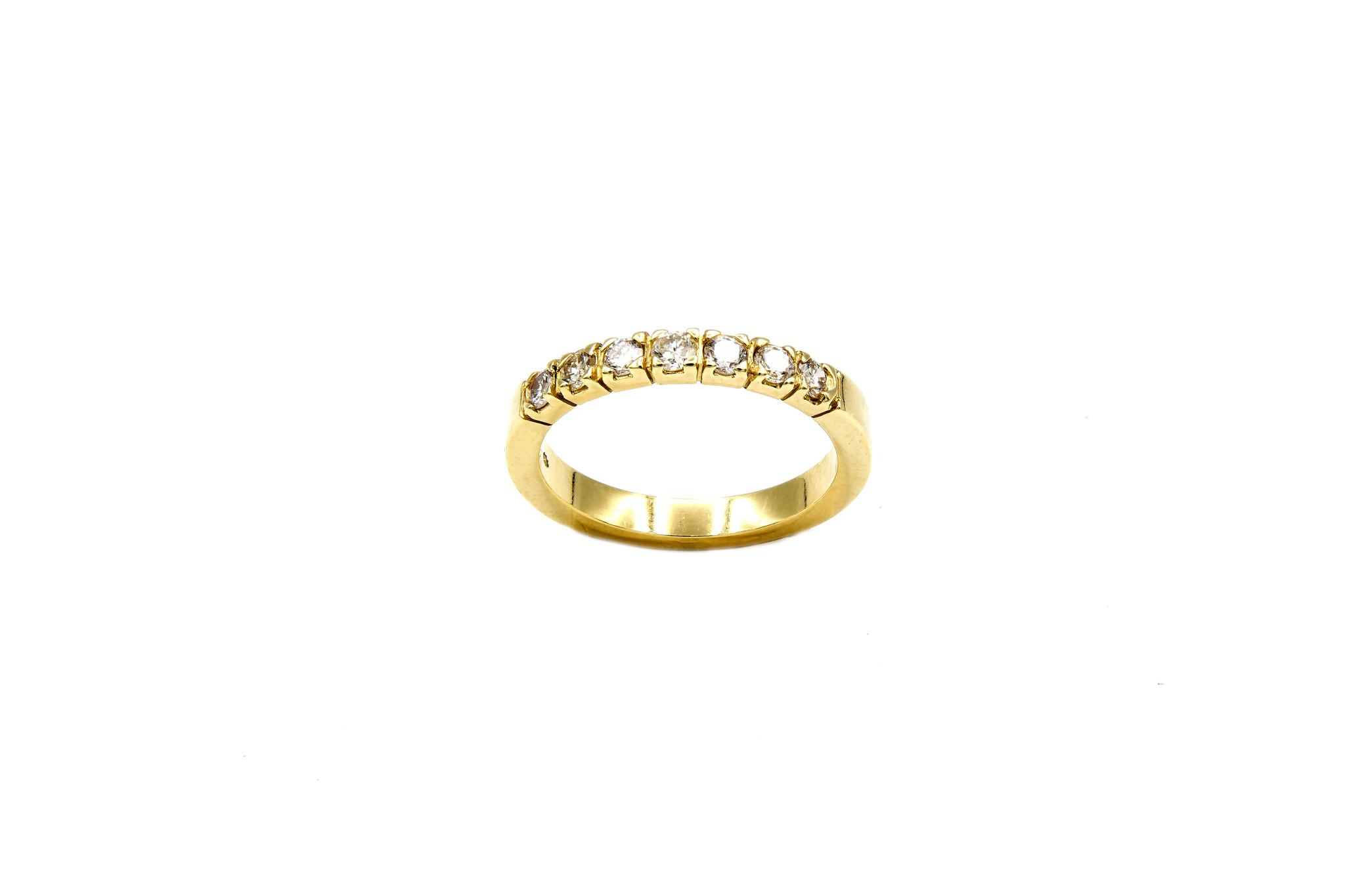 Ring verlovingsring klassiek met 7 diamanten ingezet-4